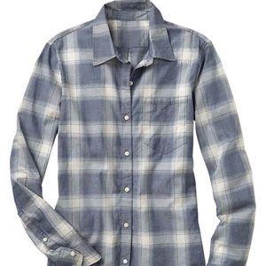 Gap blue plaid fitted boyfriend shirt